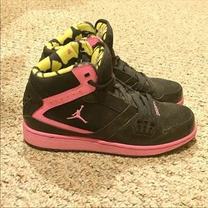 Nike Air Jordan sports shoes youth 5.5=women 6.5